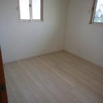 2階には主寝室の他に洋室が2部屋あります。(内装)